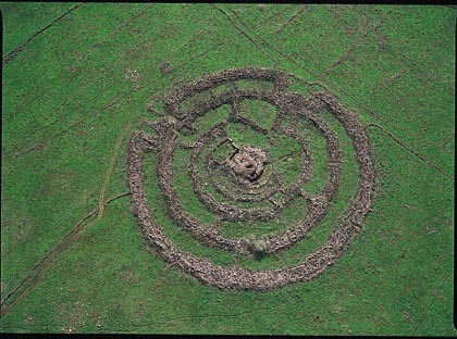 Rogem Hiri, RogemHiri, megalithic complex in Golan (photo from Israel Ministry of Foreign Affairs website)