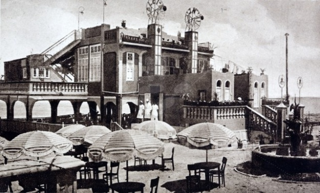 The Casino Galei-Aviv at Tel-Aviv photographed in 1932