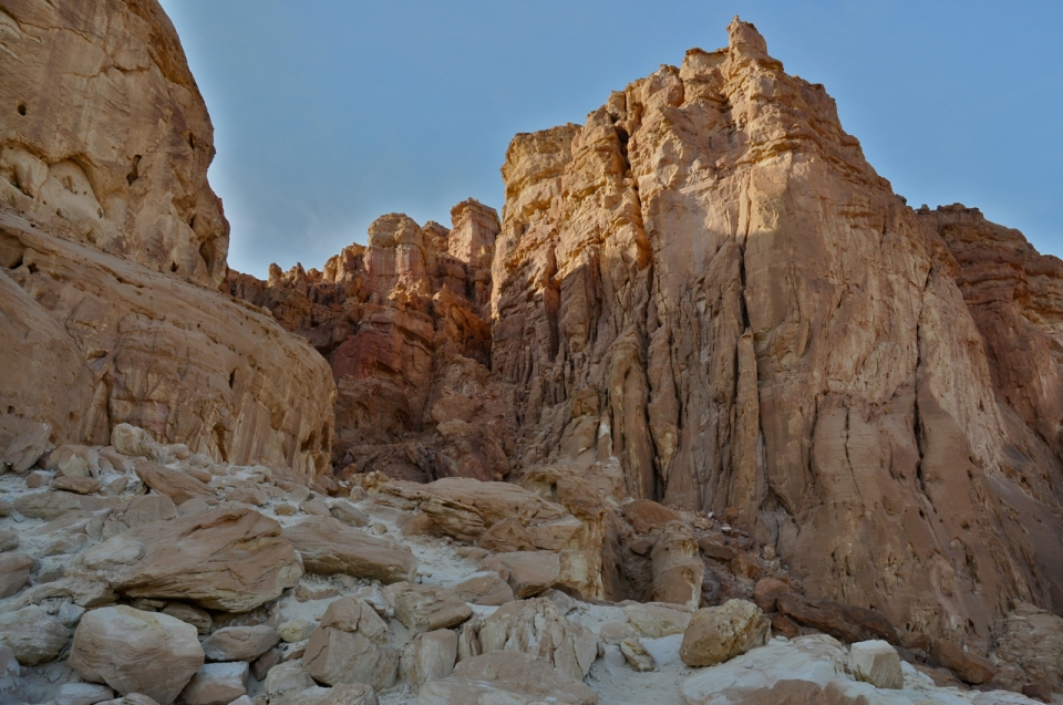 Timna cliffs