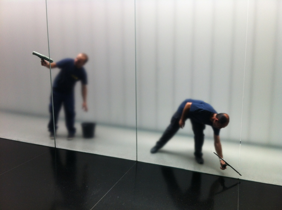 Cleaning glass
