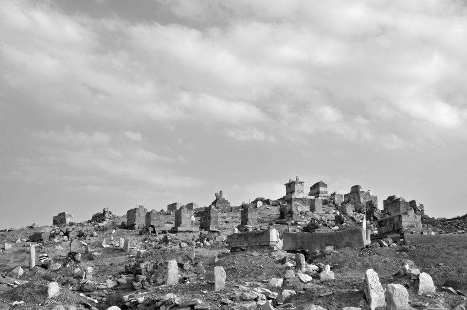 Nebi Musa cemetery B&W
